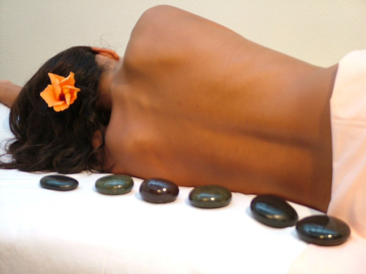 Hot Stone Massage, LaStone Therapie, Küsnacht
